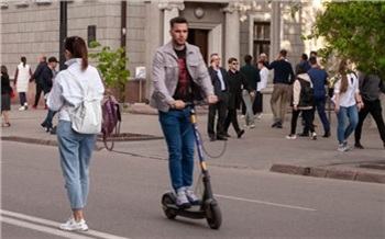«Ситуация вышла из-под контроля»: красноярский депутат Госдумы призвал ввести правила дорожного движения для самокатов