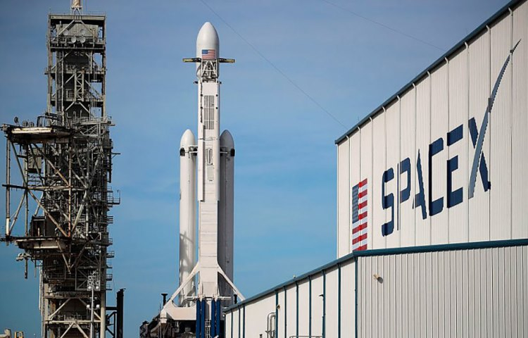 Бортовые системы ракеты SpaceX Falcon 9 работают на Linux