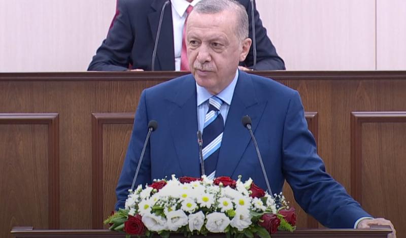 Эрдоган заявил о намерении оставить в Афганистане турецкий военный контингент несмотря на угрозы талибов