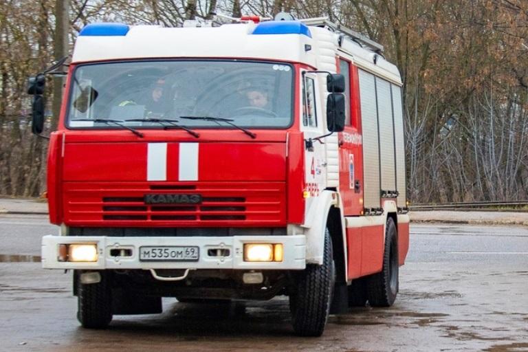 В Вышнем Волочке Тверской области сгорела баня
