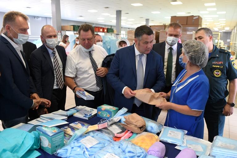 Губернатор Тверской области посетил производство медицинских изделий, поставляемых в больницы региона