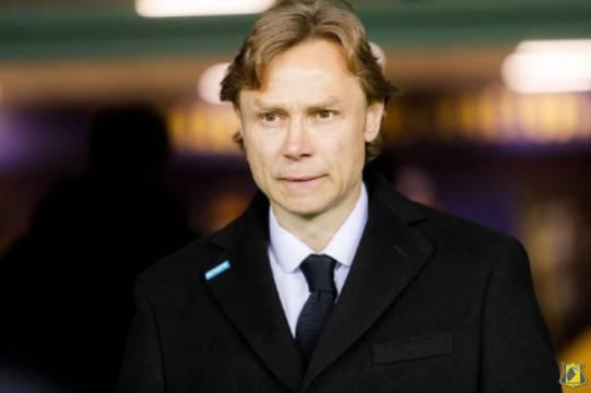 Карпин захотел услышать от РФС о выдвинутом им условии для работы на посту главного тренера сборной России по футболу