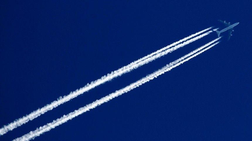 Из Москвы в Стамбул улетел первый после приостановки авиасообщения самолет