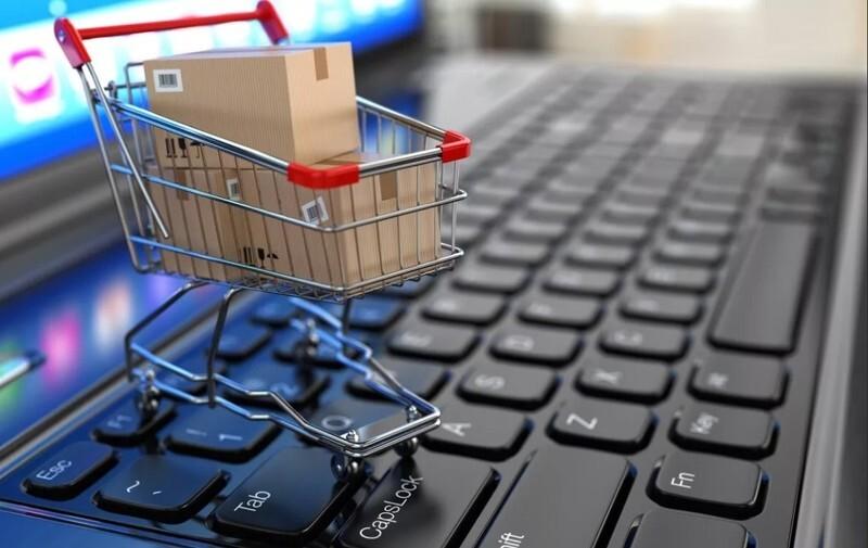 Названы товары, которые запрещено продавать в интернете