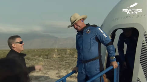 Джефф Безос догнал и немного перегнал Ричарда Брэнсона в космосе // Успешно завершился первый полет по программе космического туризма Blue Origin