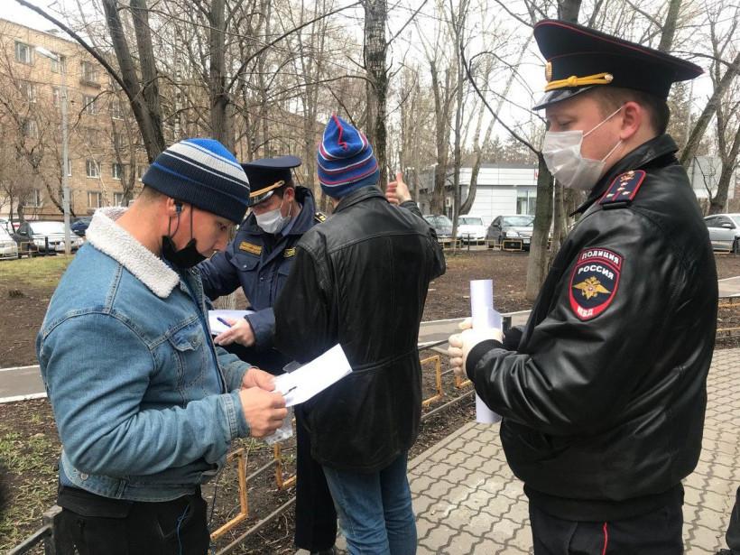 Новости за ночь: Роспотребнадзор допустил ослабление режима самоизоляции после 12 мая