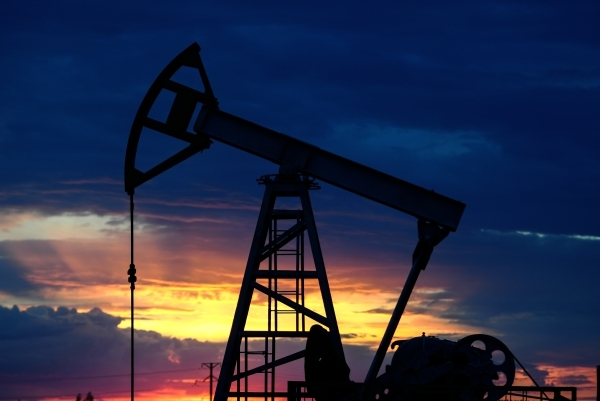 Новости за ночь: Аналитики предсказали подорожание нефти до $150