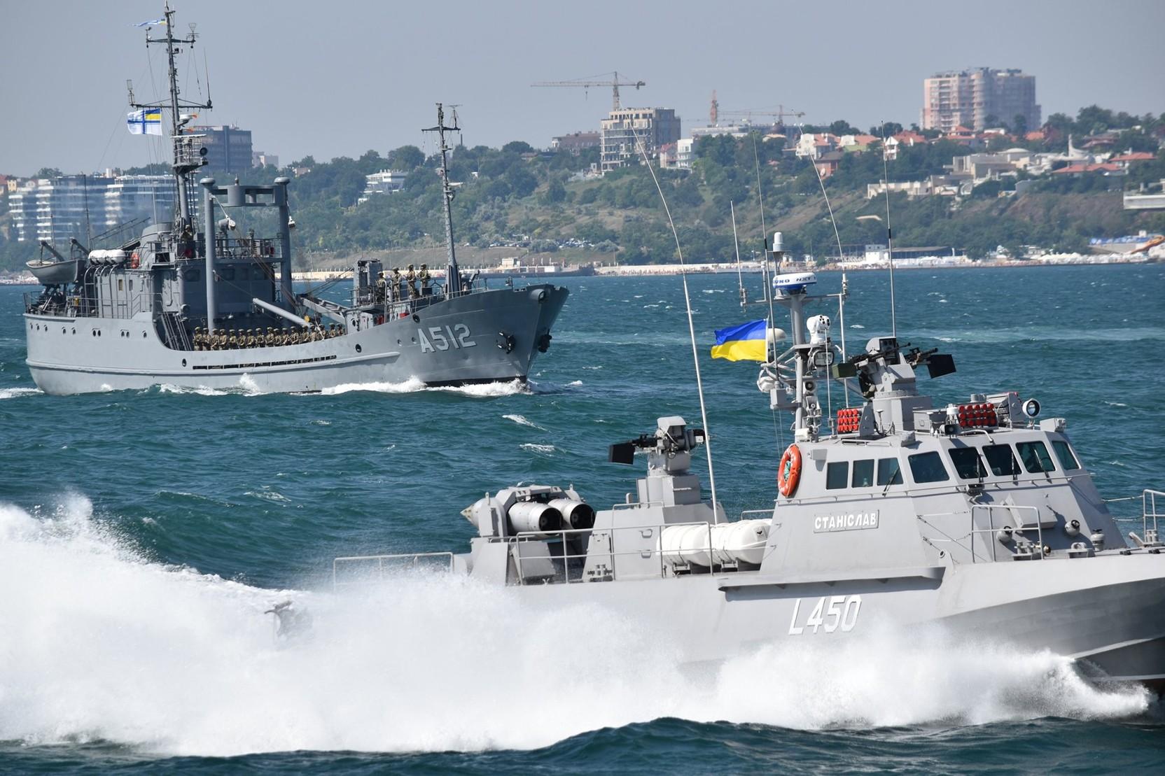 Новости за ночь: ВМС Украины готовятся к боям с Россией