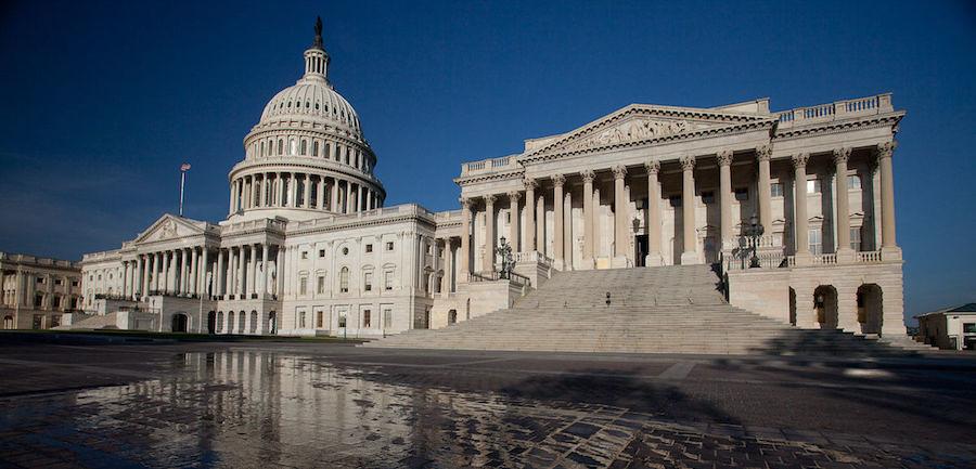 Новости за ночь: В сенат США внесли резолюцию против России в G7
