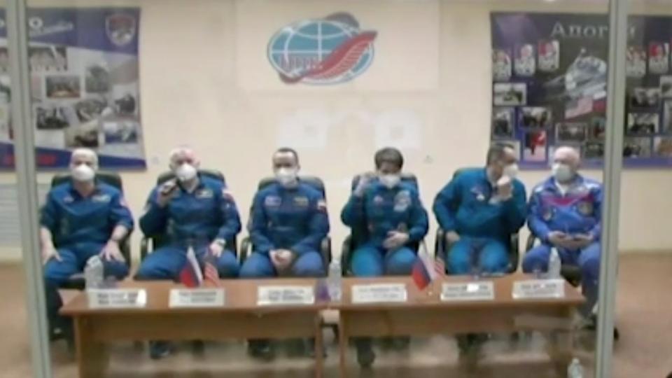 Космонавт Новицкий рассказал о жизни на МКС без душа