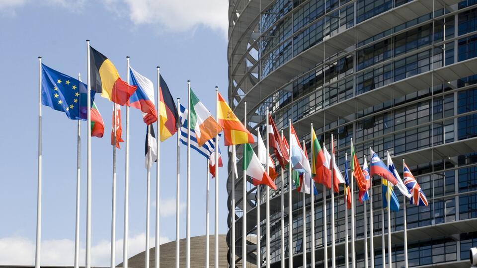 Европарламент призовет к отключению Белоруссии от SWIFT