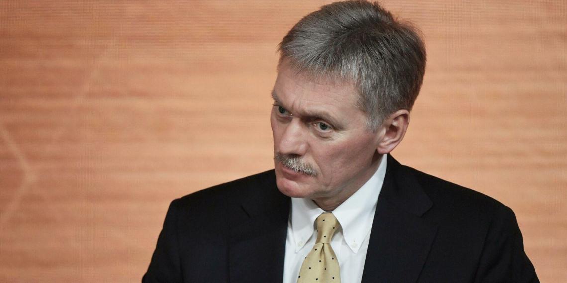В Кремле не считают проблемой отказ США выдавать визы россиянам