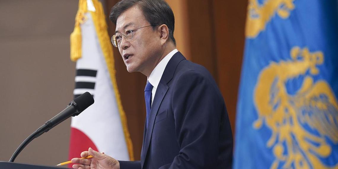 Президент Южной Кореи будет бойкотировать Олимпиаду из-за обвинений в 'мастурбации'
