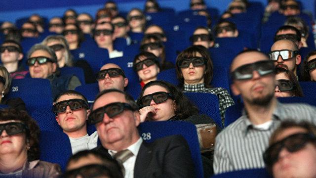 Кинотеатры открываются: российское правительство рекомендует только веселые фильмы (La Vanguardia, Испания)