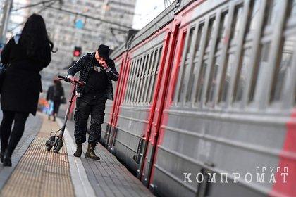 Россиянин был зажат дверьми электропоезда и погиб