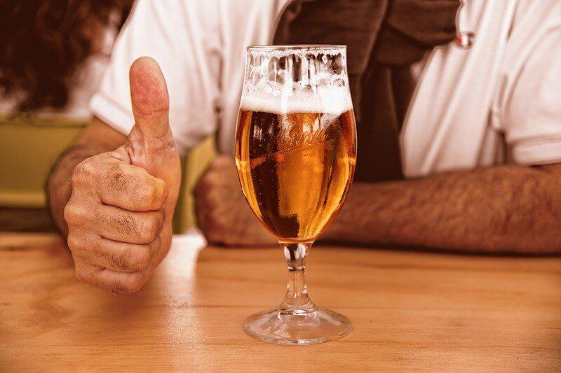 Полезные свойства пива: пенный напиток продлевает жизнь