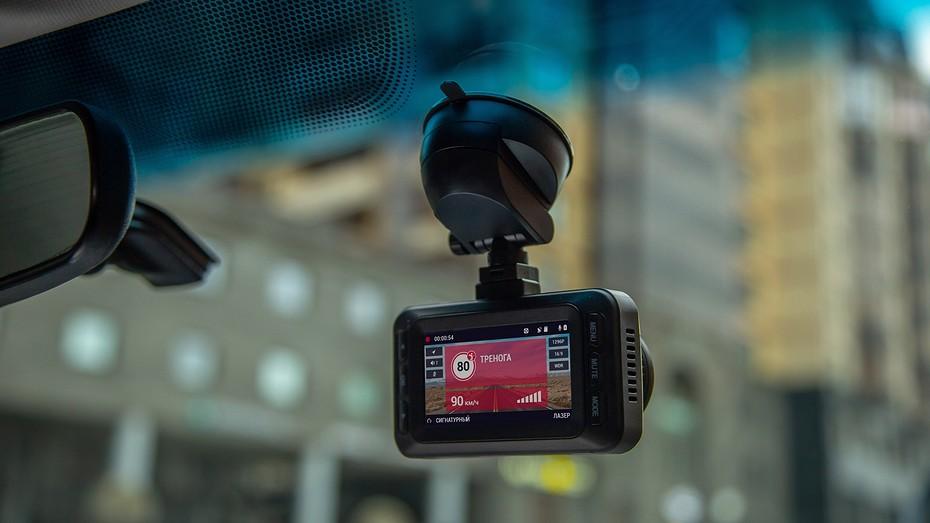 Видеорегистраторы с радар-детектором: рейтинг гибридов 2020