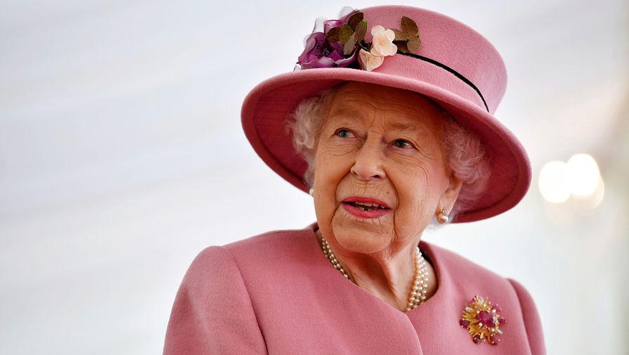 Елизавета II усилила киберзащиту королевской семьи