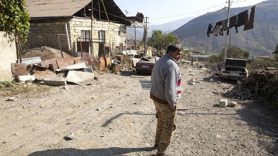 Еще свыше 1 400 беженцев вернулись в НКР из Армении