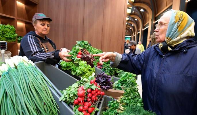 В России за неделю резко подорожали овощи и водка