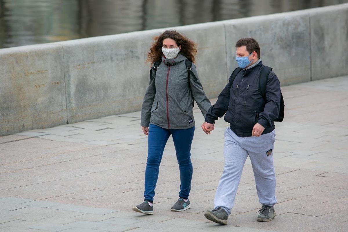 В России число больных коронавирусом за сутки выросло на 24581 человека