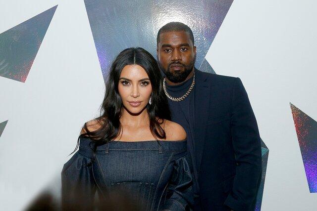 Ким Кардашьян и Канье Уэст разводятся. Слухи об их предстоящем расставании ходили весь последний год
