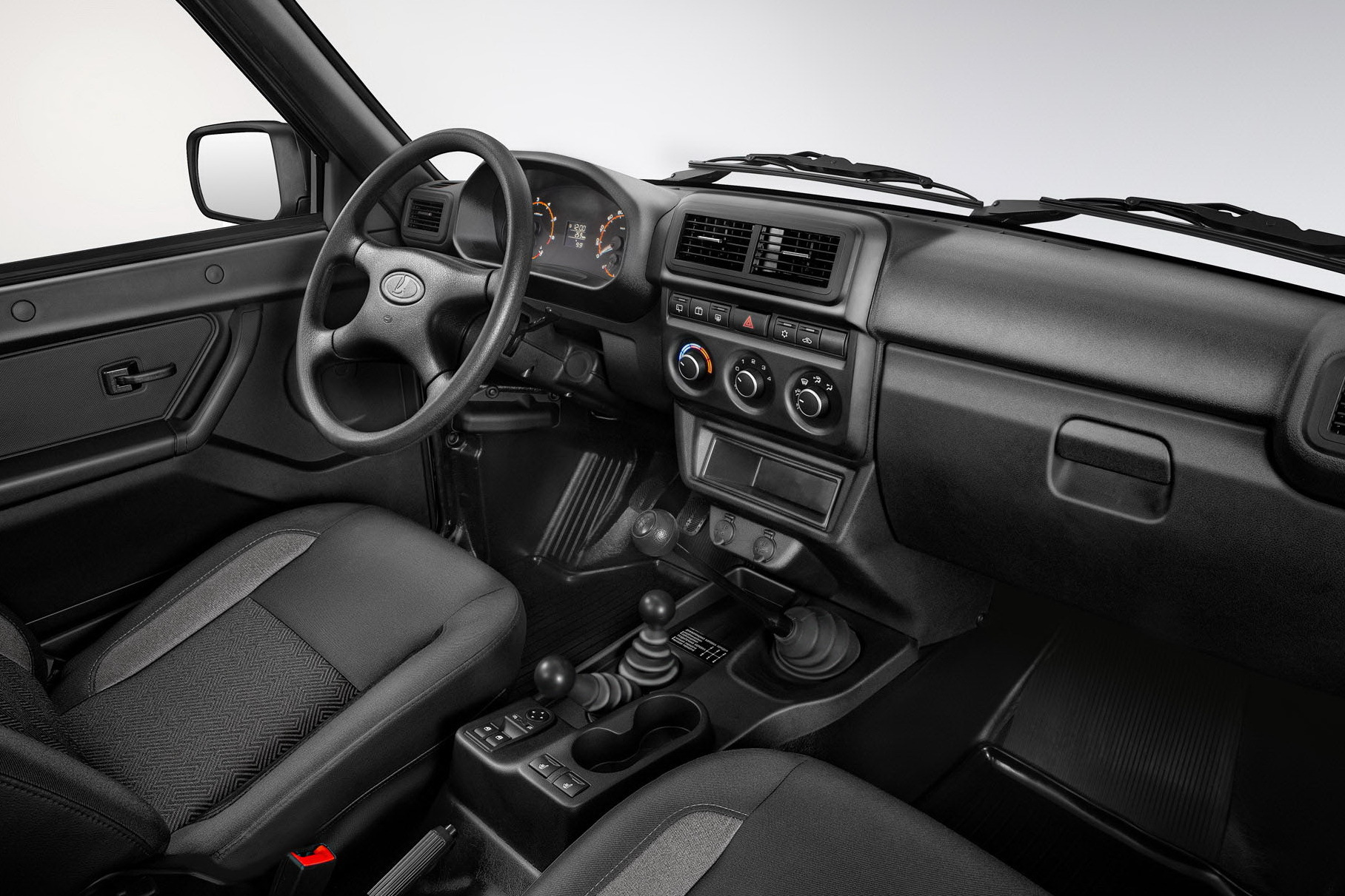 АвтоВАЗ отзовет 15 тысяч Lada Granta и Lada 4x4