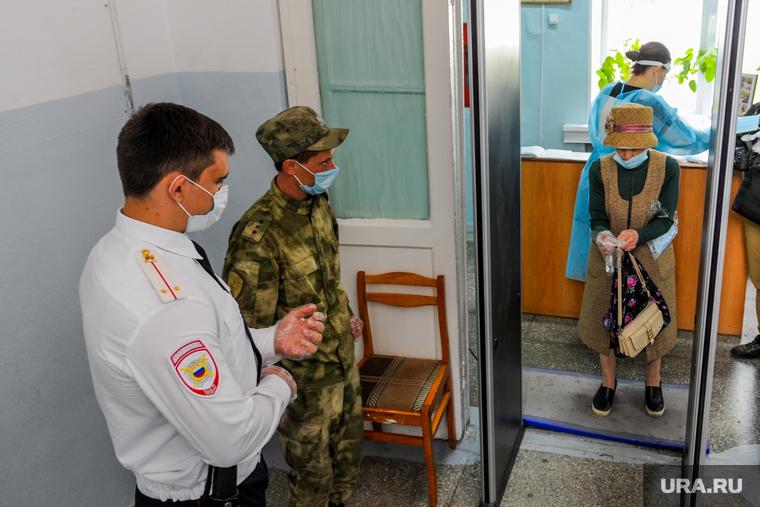 В Челябинской области с участков пытались вынести бюллетени