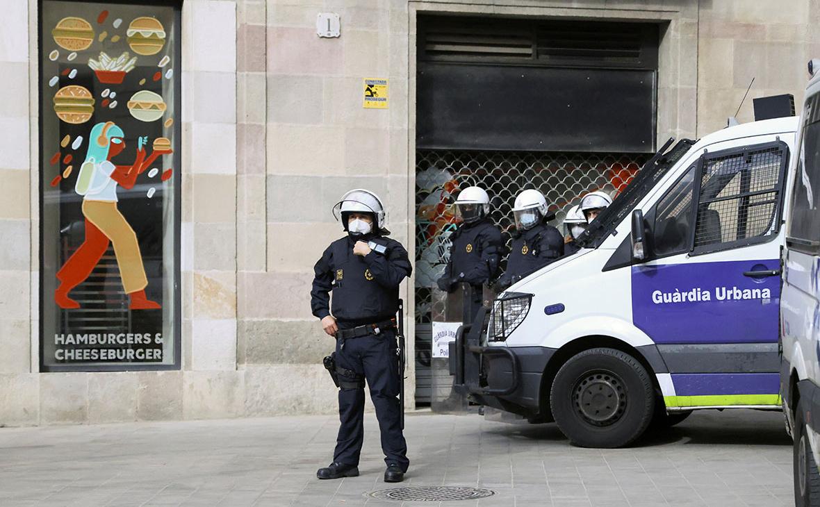 В Испании задержали принуждавших россиянок к проституции сутенеров
