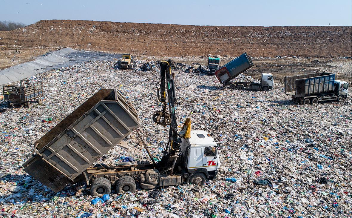 Девять мусорных операторов оказались под угрозой приостановки работы