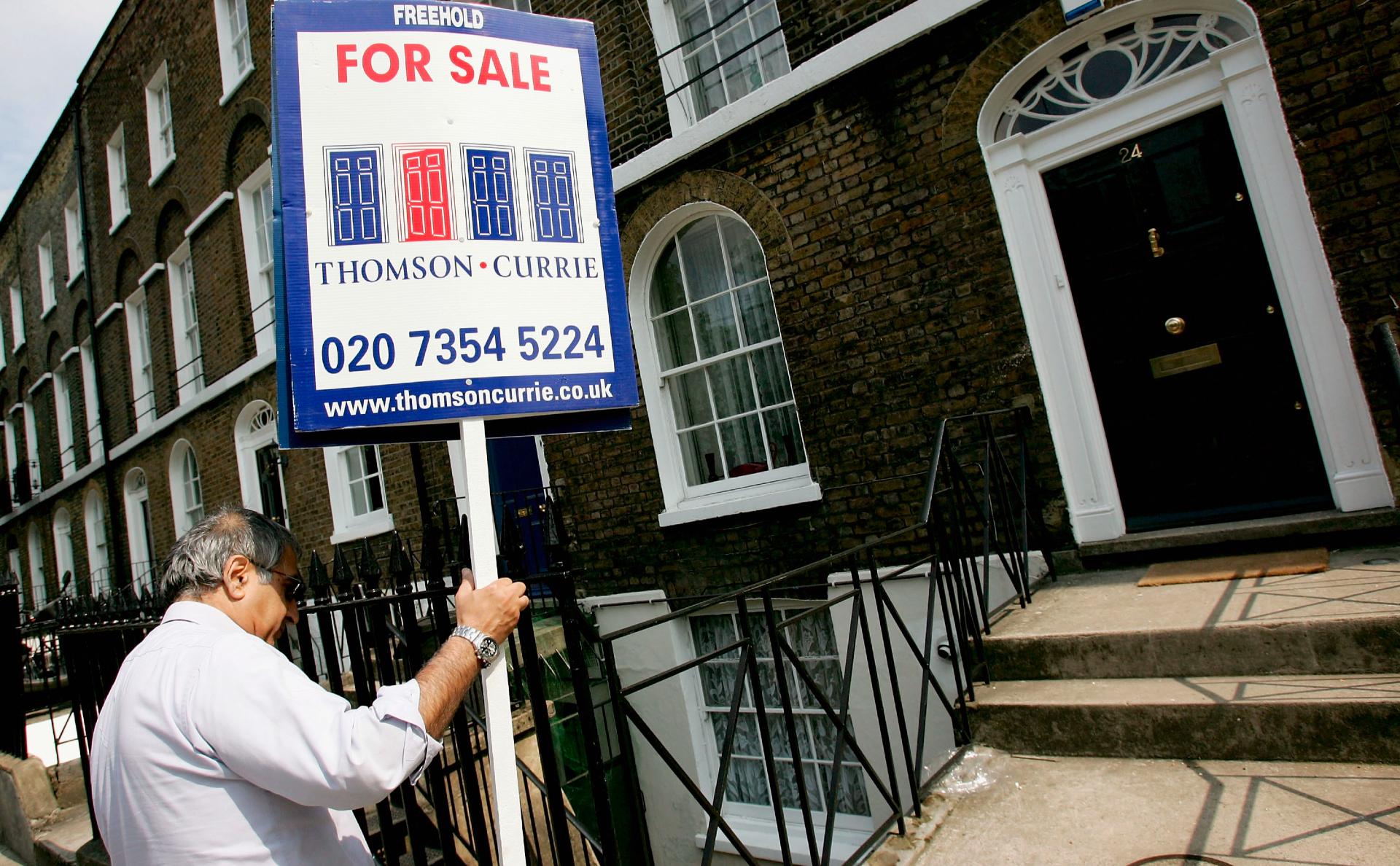 Русскоязычные инвесторы удвоили траты на зарубежную недвижимость
