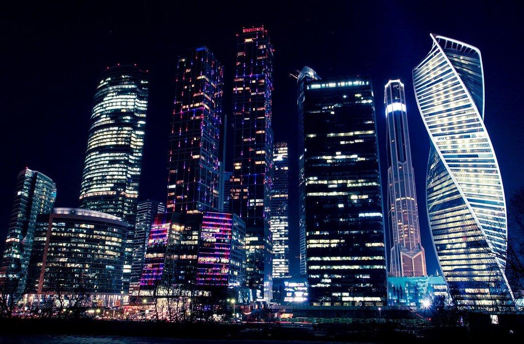 Названа средняя сумма сделки на рынке элитной недвижимости в Москве