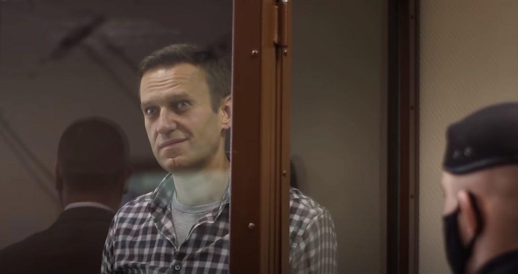 Навального оштрафовали на 850 тысяч рублей по делу о клевете на ветерана