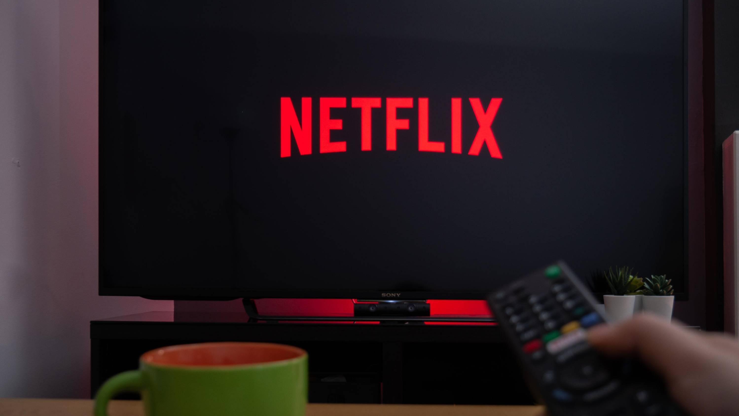 Netflix официально появился в России. Как работает онлайн-кинотеатр